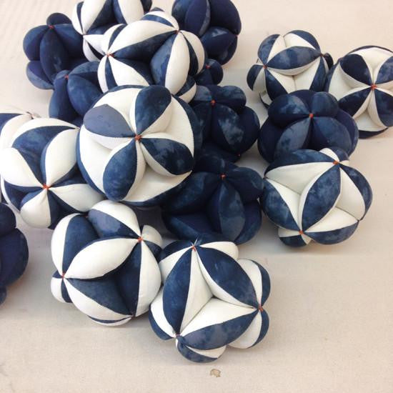Octahedron: Navy or White