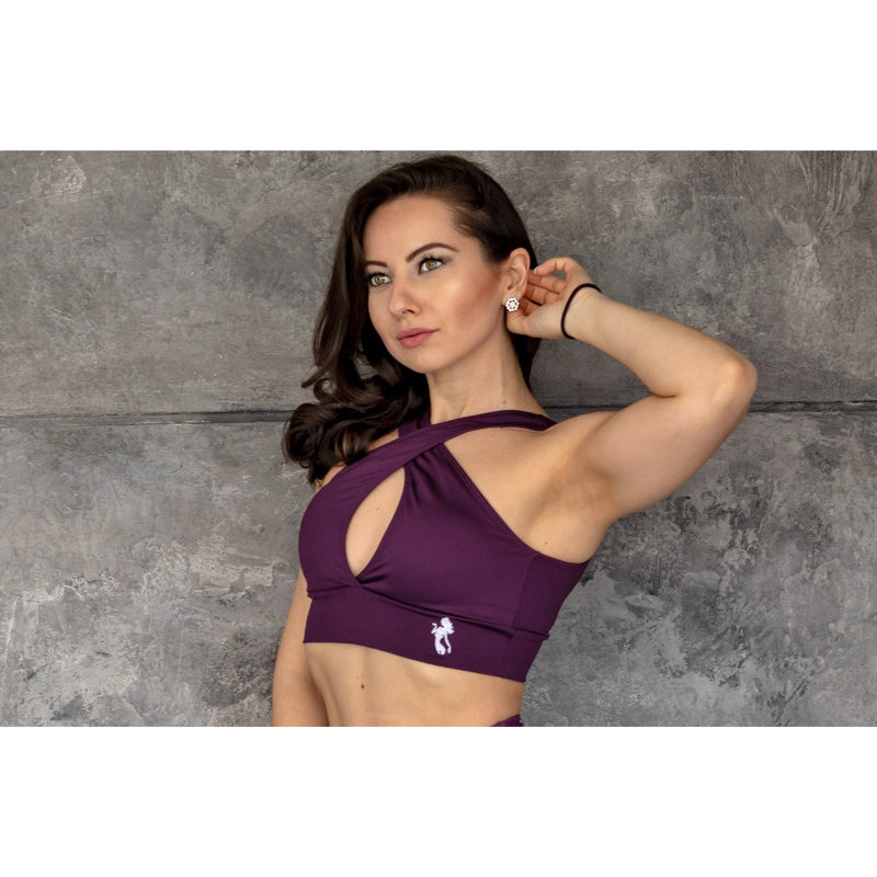 NEW *The Shoulder Cross Over Sports Bra
