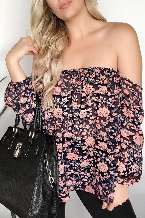 EFFORTLESS OFF THE SHOULDERS BOHO TOP