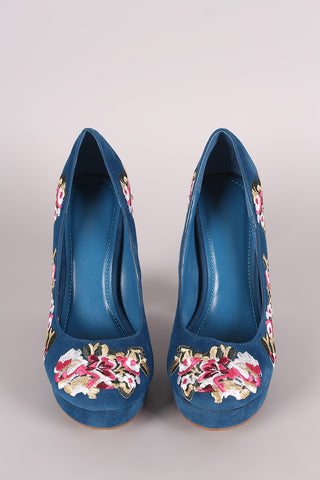 Shoe Republic LA Embroidered Floral Round Toe Platform Pump
