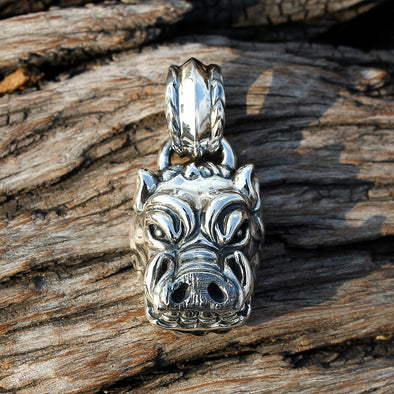 Demolisher Hog Pendant - Deific