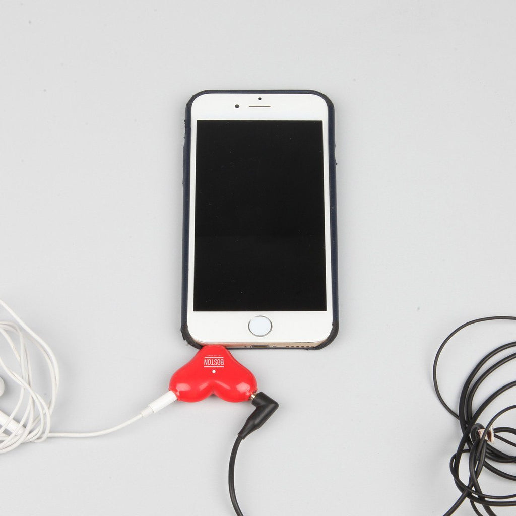 Heart Earphone Splitter & Stand