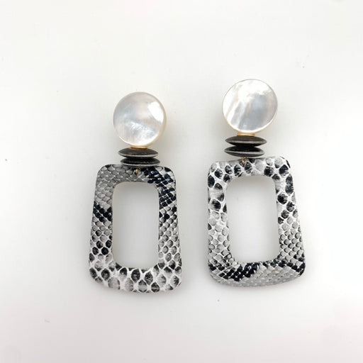 Willow Earring White