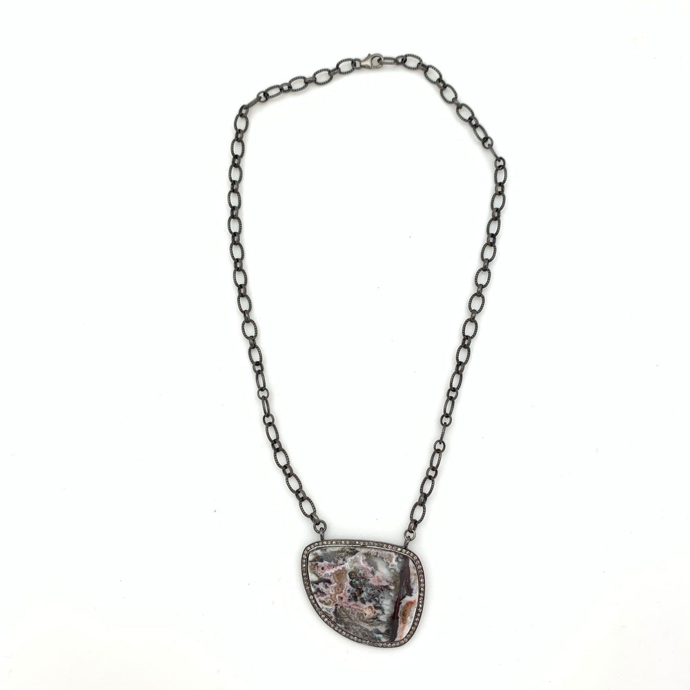 Scanlandia Stone Necklace