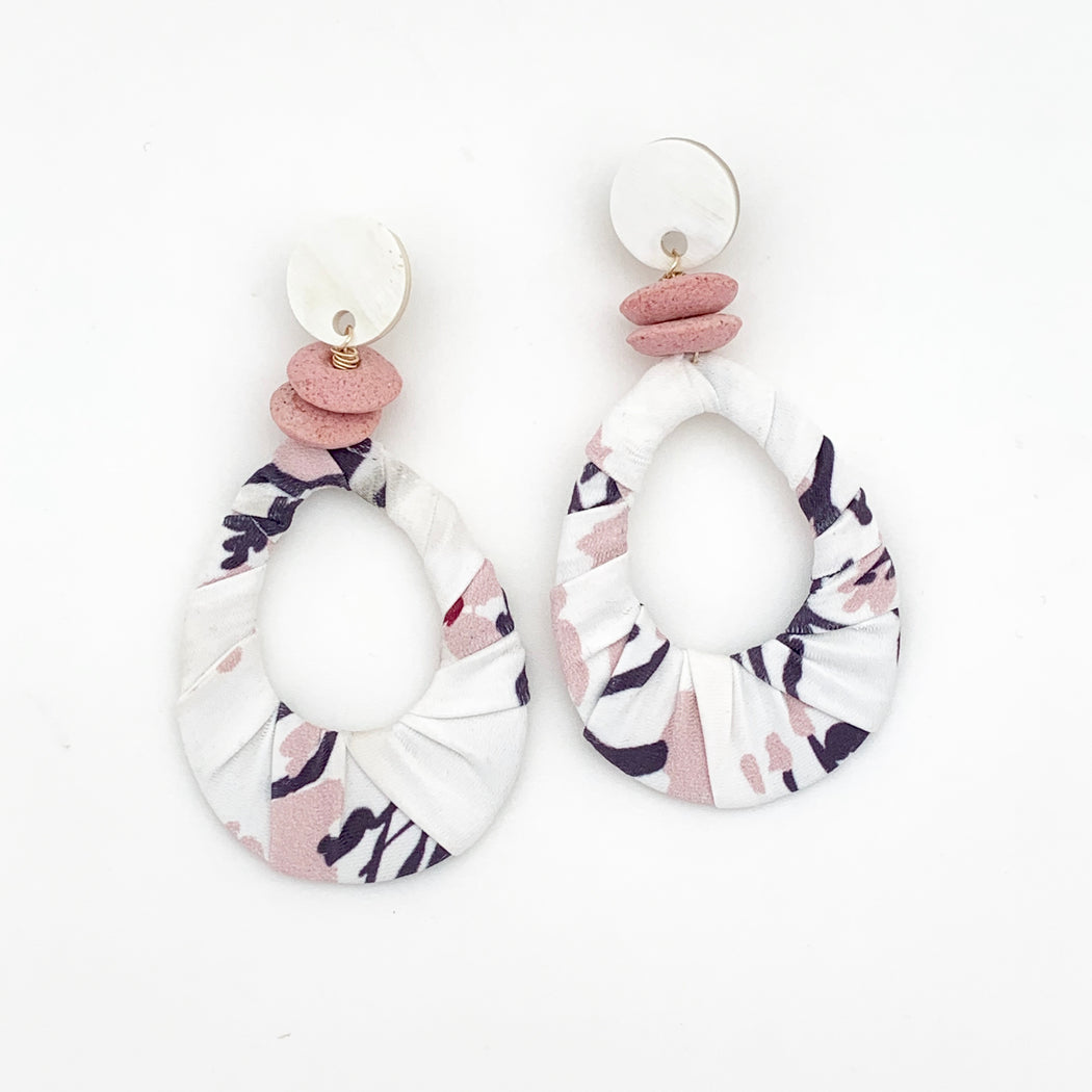Seaside Earring White