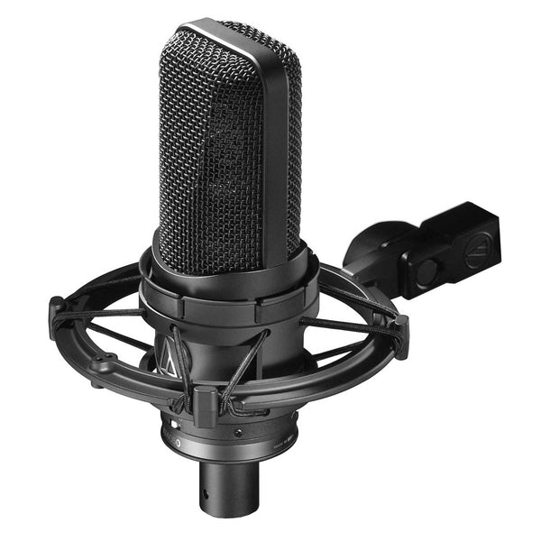 Multi-pattern condenser large diaphragm microphone with AT8449 shock mount