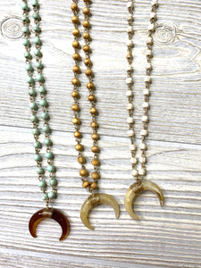 Chained Horn Necklace - Shoppe3130