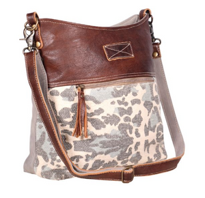 Naive Shoulder Myra Bag