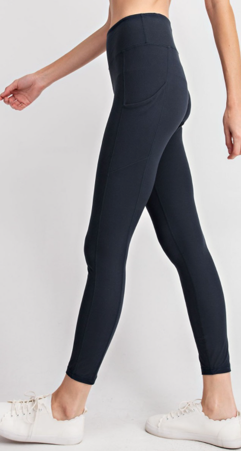 Nocturnal Navy Buttery Leggings with Pockets