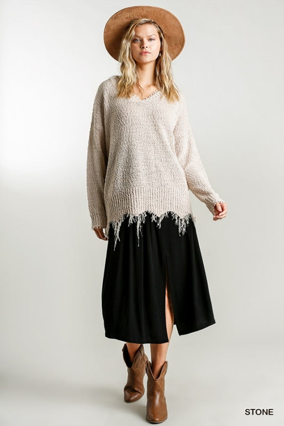 Frayed Hem V-neck Sweater