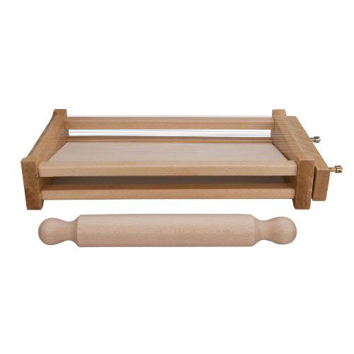Eppicotispai Chitarra Pasta Cutter with 32cm / 12.5in Rolling Pin