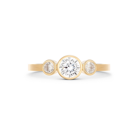 Empress Diamond Solitaire Ring. 18k Yellow Gold