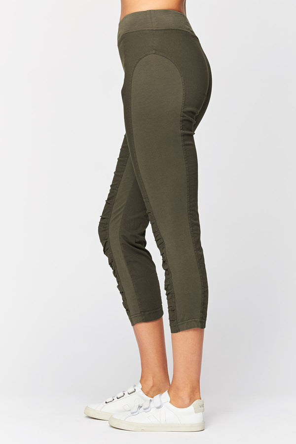 Wearables Jetter Crop Legging
