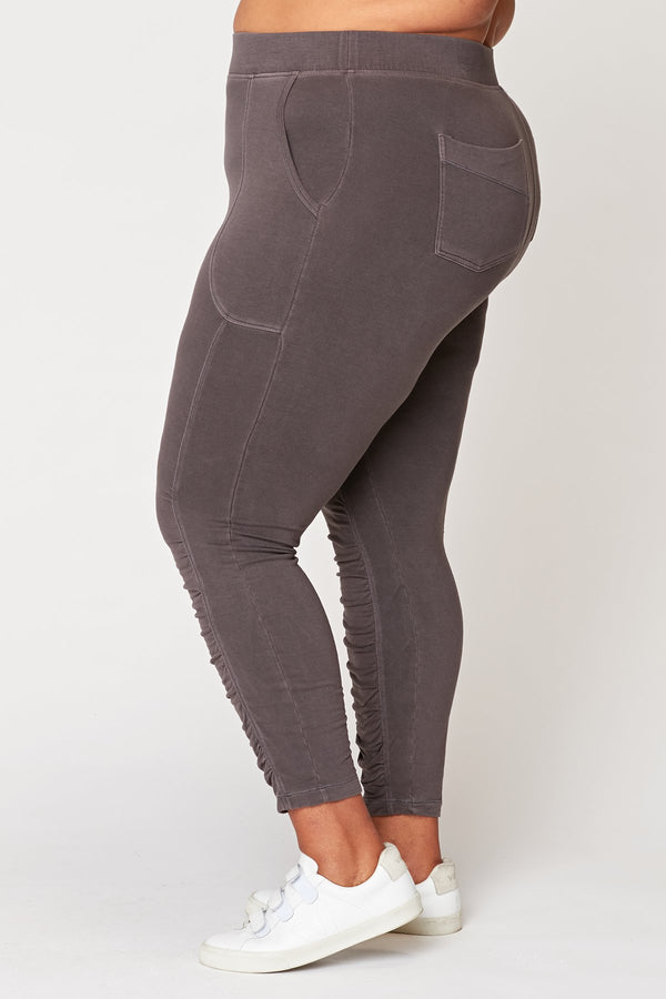 XCVI Plus Huckle Legging