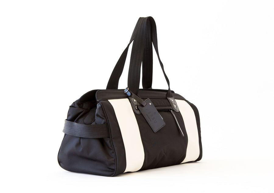 THE JESSICA BAG | CREAMY WHITE - PERSUCOLLECTION functional men and women's duffle bag, gym bag, travel bag all-in-one! The only washable interior gym bag.