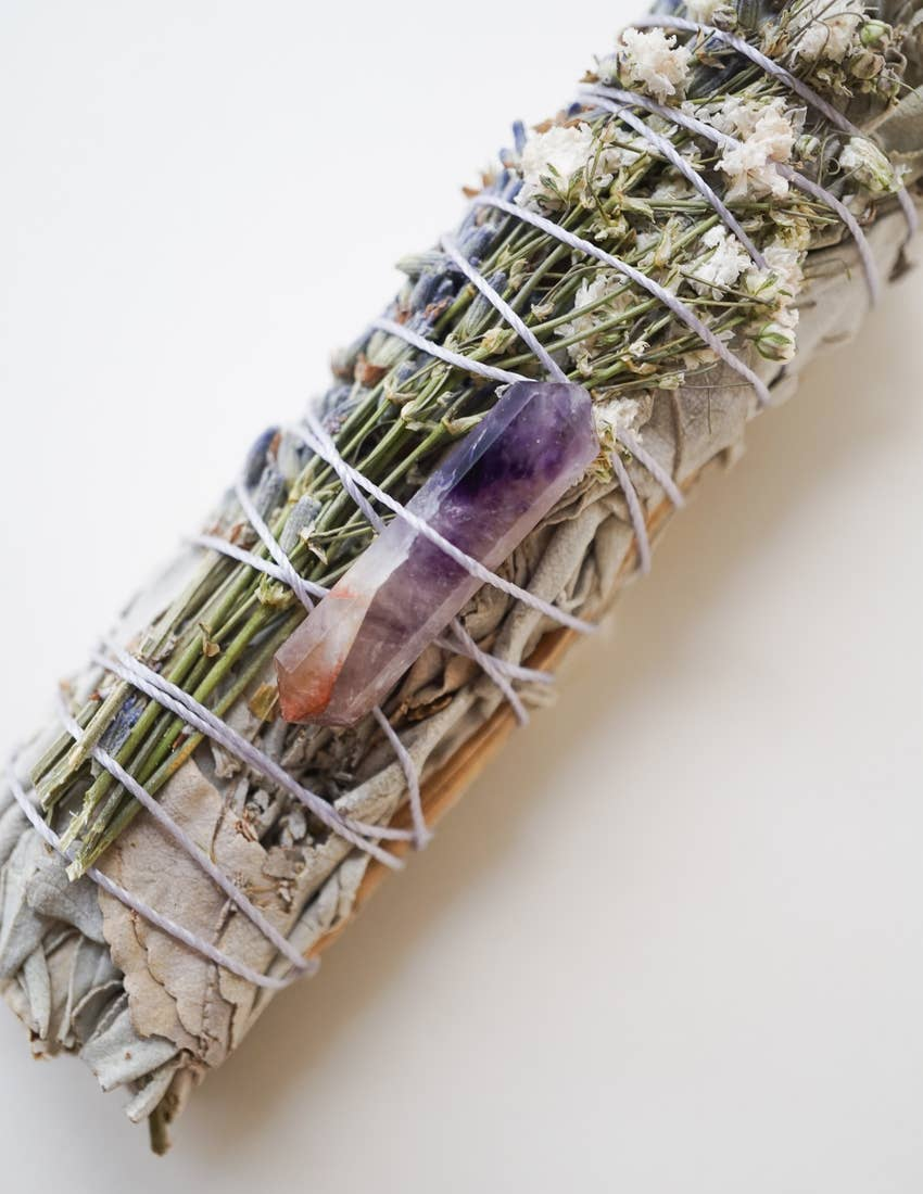 CALIFORNIA SAGE + LAVENDER SMUDGE STICK + AMETHYST - PERSUCOLLECTION functional men and women's duffle bag, gym bag, travel bag all-in-one! The only washable interior gym bag.