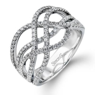 18 Karat White Gold Diamond Ring