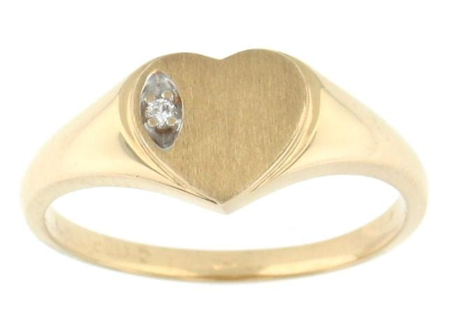 10 Karat Yellow Gold Diamond Ring