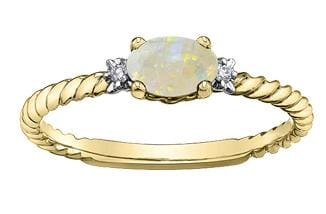 10 Karat Yellow Gold Opal Ring