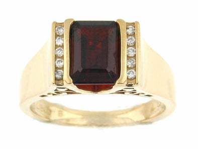 10 Karat Yellow Gold Garnet, Diamond Ring