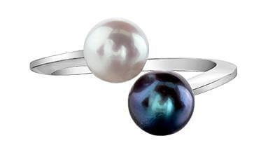 10 Karat White Gold Black Cultured Pearl Ring
