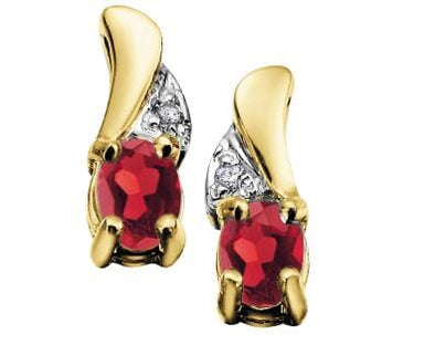10 Karat Yellow Gold Garnet, Diamond Stud Earring