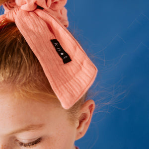 POP ART SCRUNCHIE - KNOT Hairbands