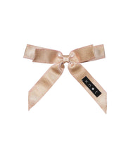 Load image into Gallery viewer, WAFFLE BOW CLIP // Rose Gold - KNOT Hairbands