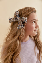 Load image into Gallery viewer, FLEUR BOW CLIP - KNOT Hairbands