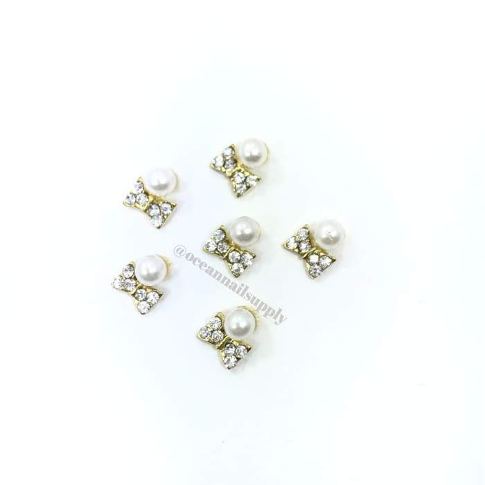 Charms - A002 Gold Bow with crystal and pearl - OceanNailSupply