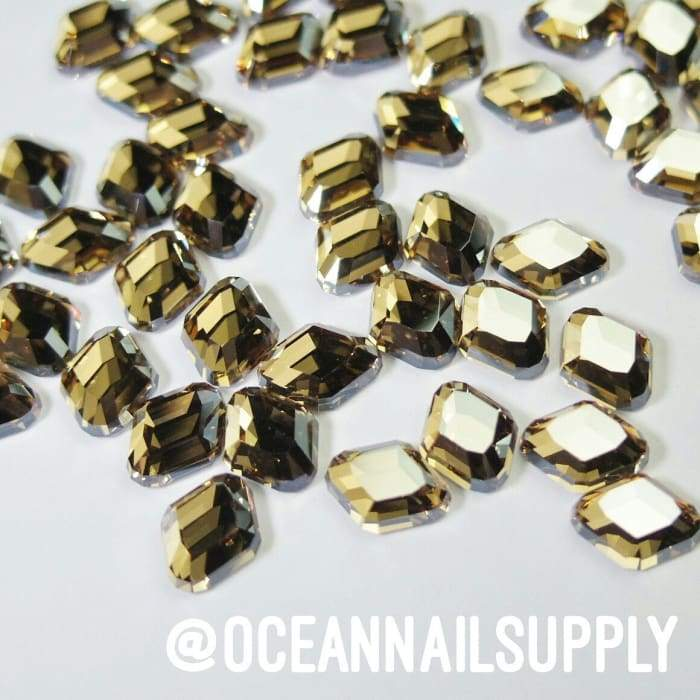 Swarovski Rounded Rhombus Golden Shadow - OceanNailSupply