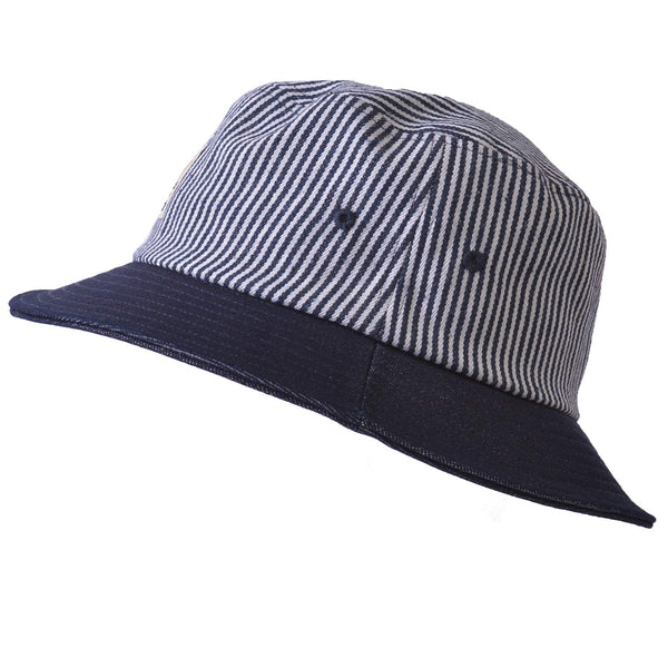 Navy summer bucket hat