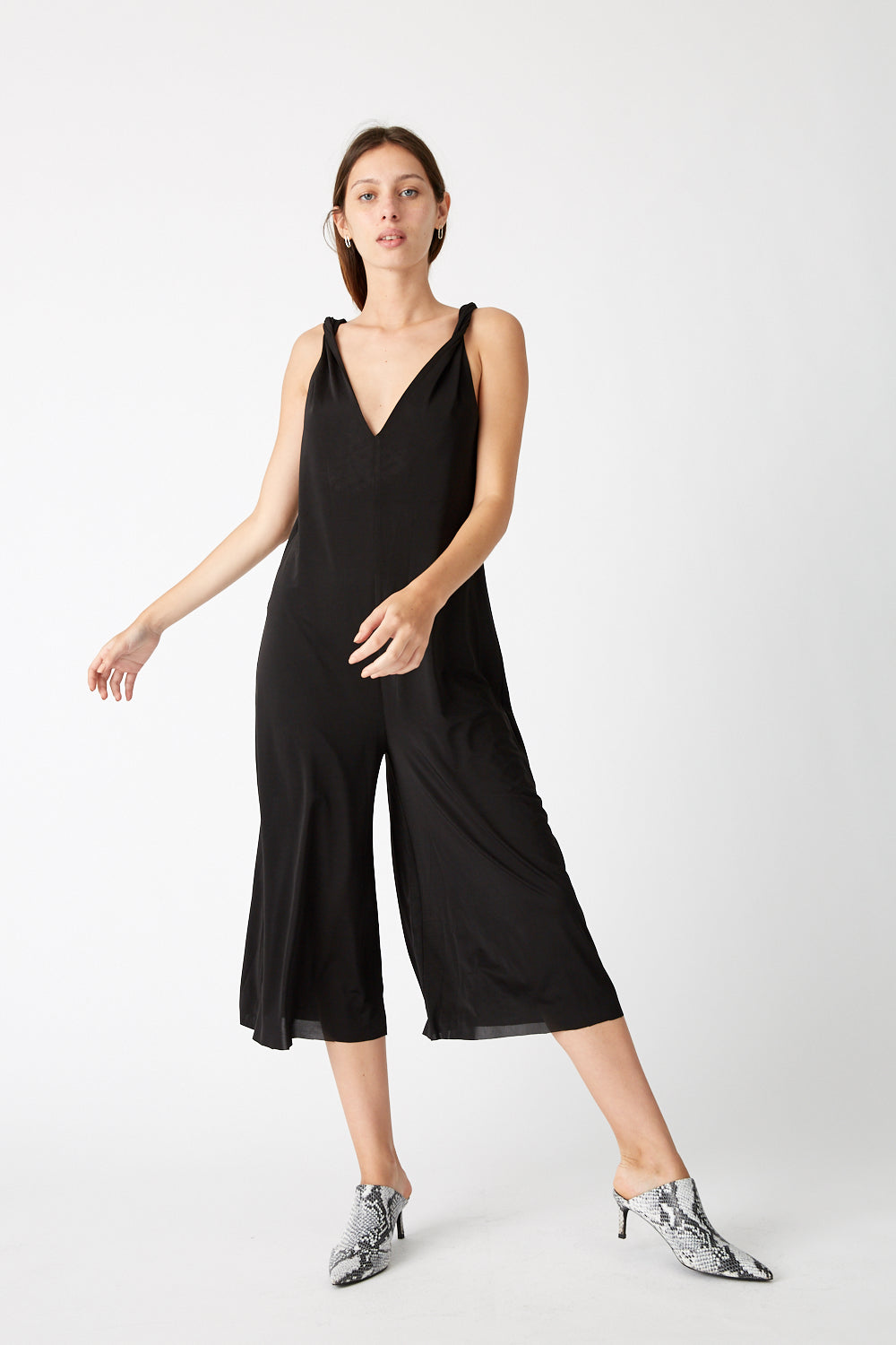 TWISTED JUMPSUIT | BLACK