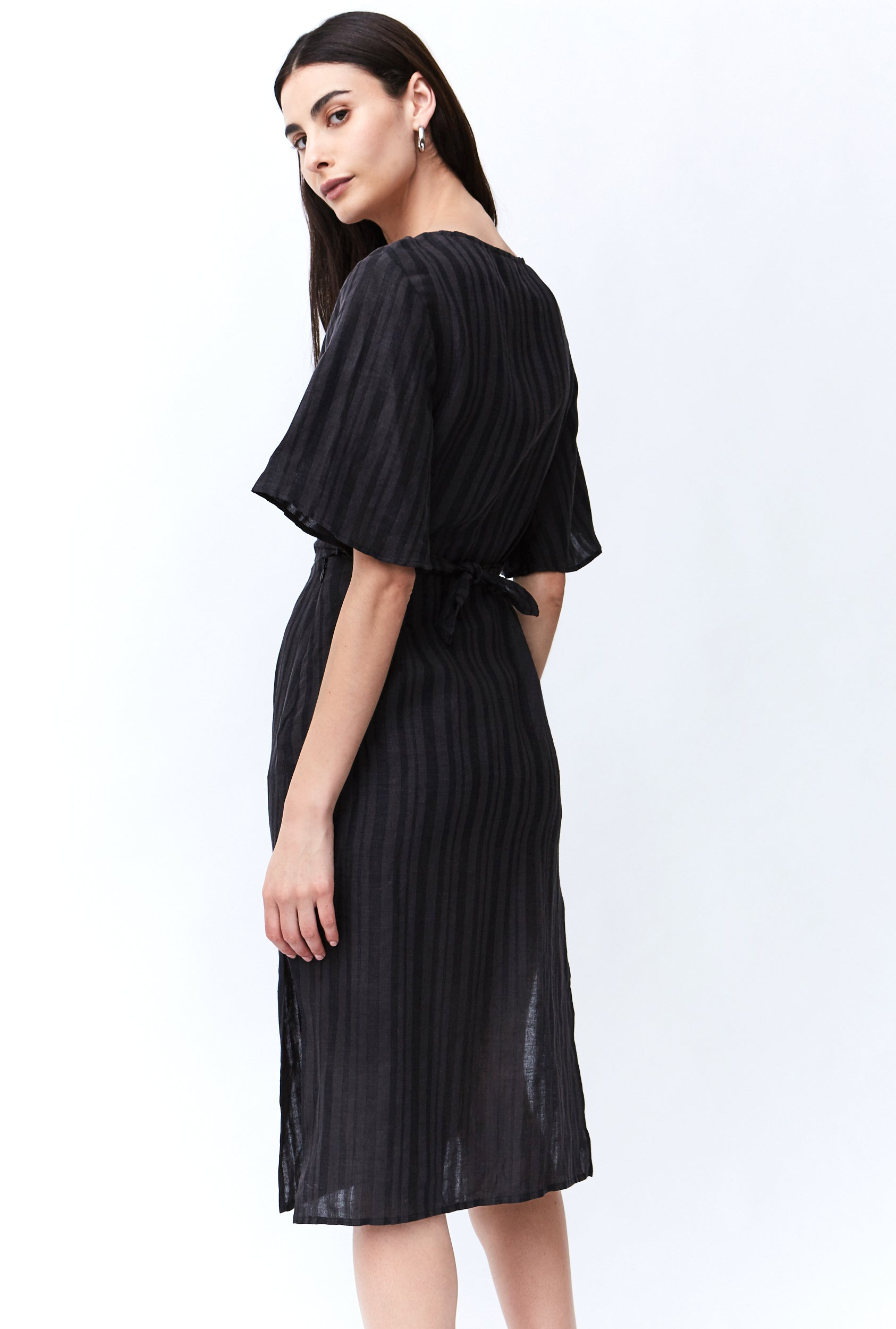 SENRO WRAP MIDI DRESS | CHARCOAL STRIPE