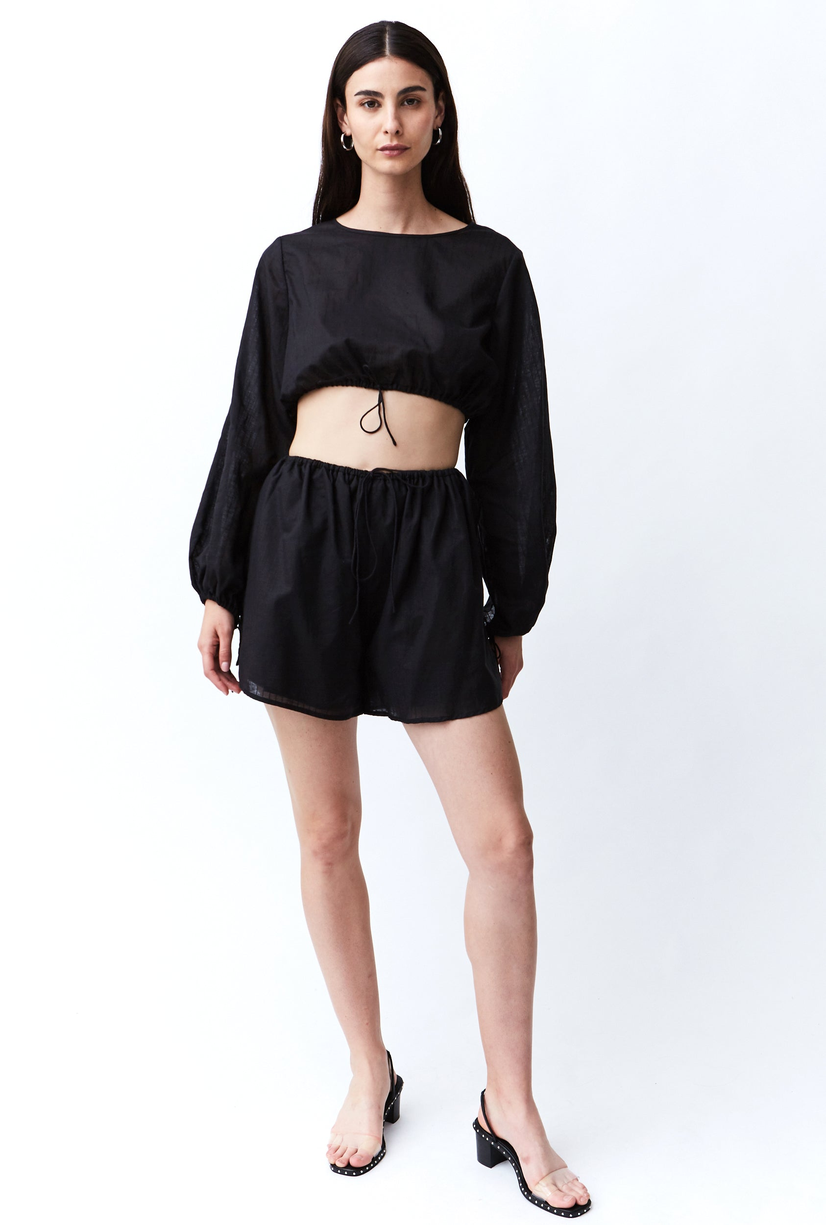 STRAIGHT OUT LINEN SHORT | BLACK STRIPE