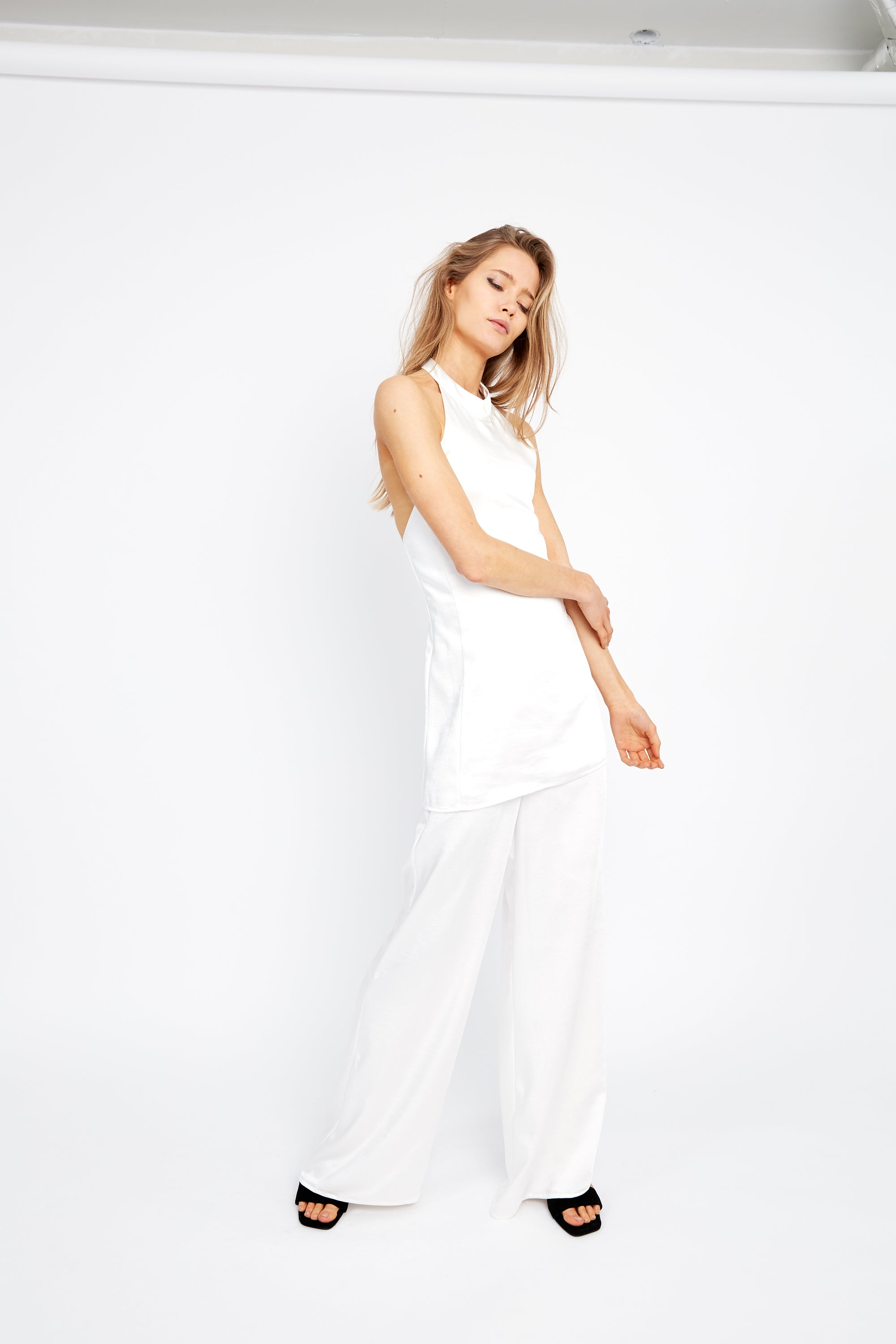 OUTLAW HALTER JUMPSUIT | OFF WHITE