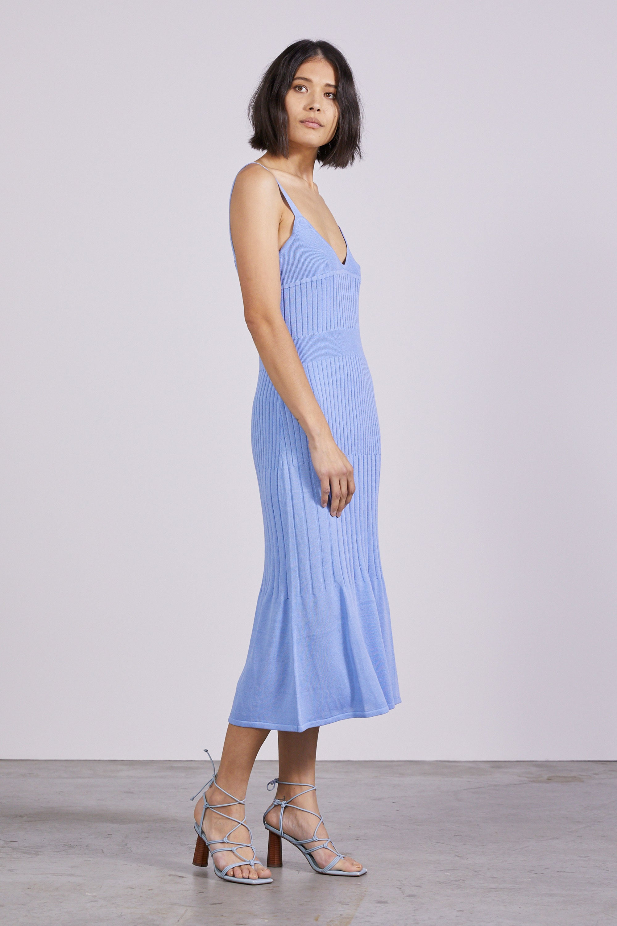 FLARE OUT KNIT SLIP DRESS | CORNFLOWER