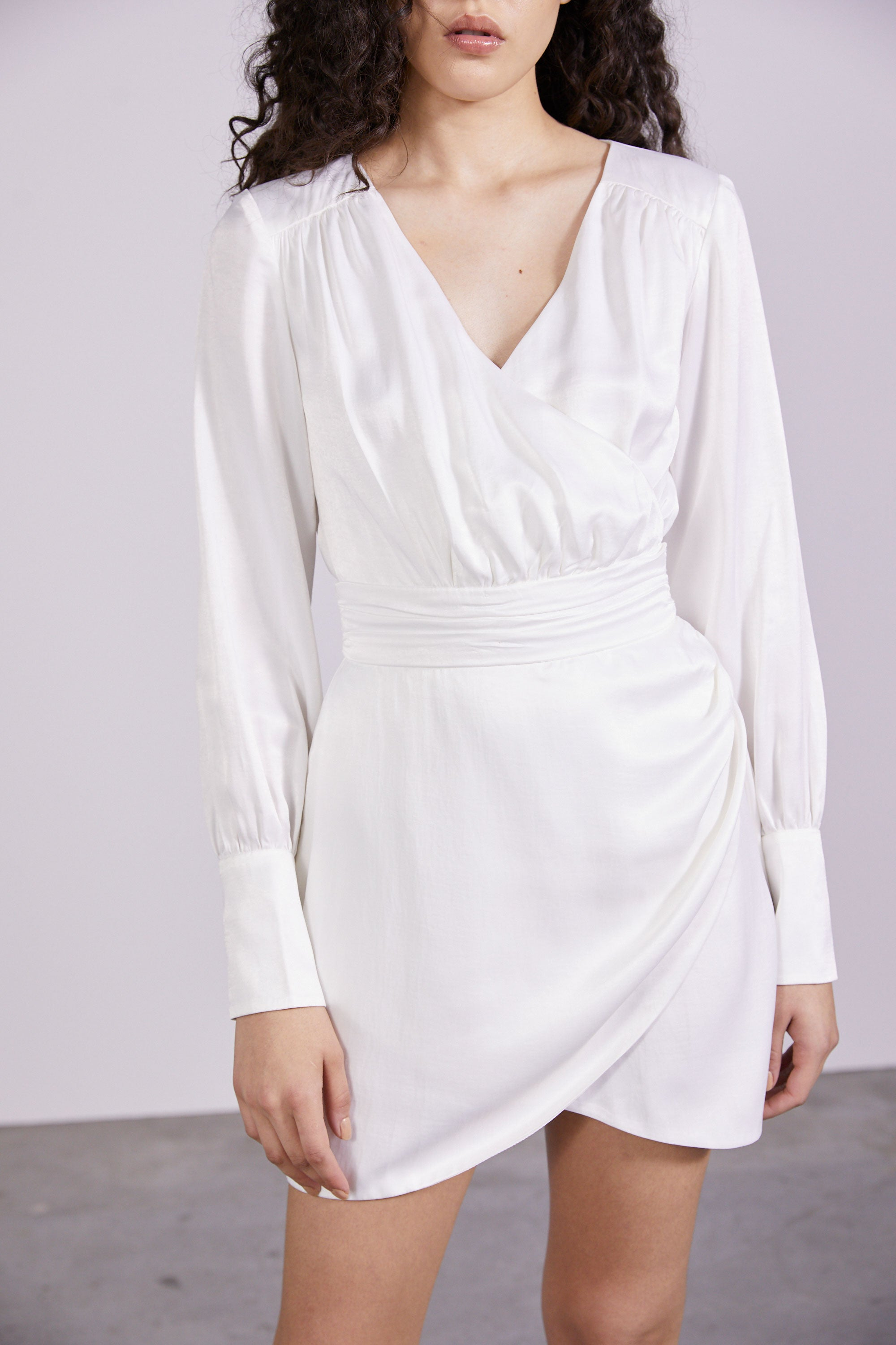 ALLURE SATIN DRAPE DRESS | SNOW