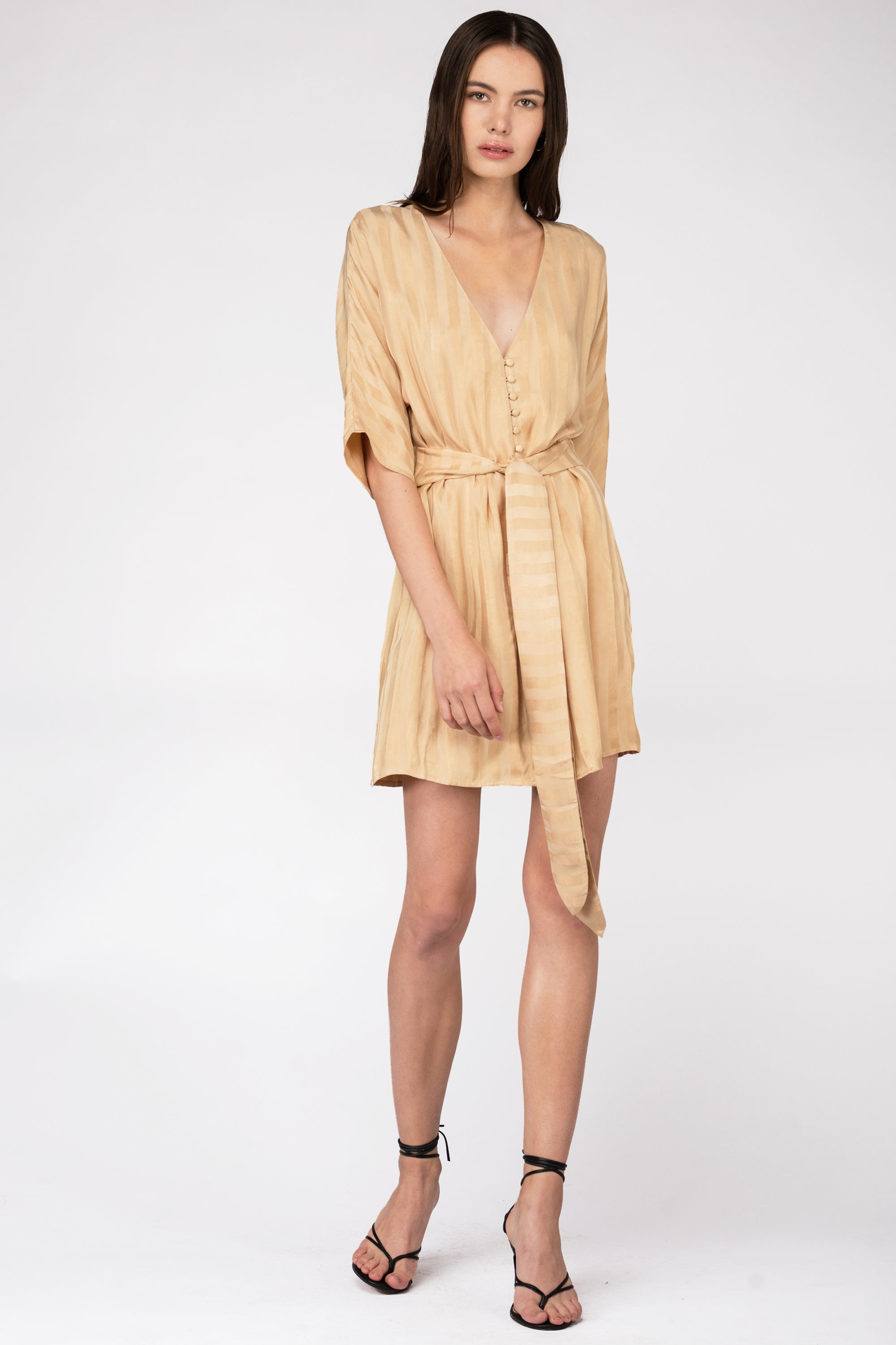 LOOPED IN BATWING DRESS | TAN