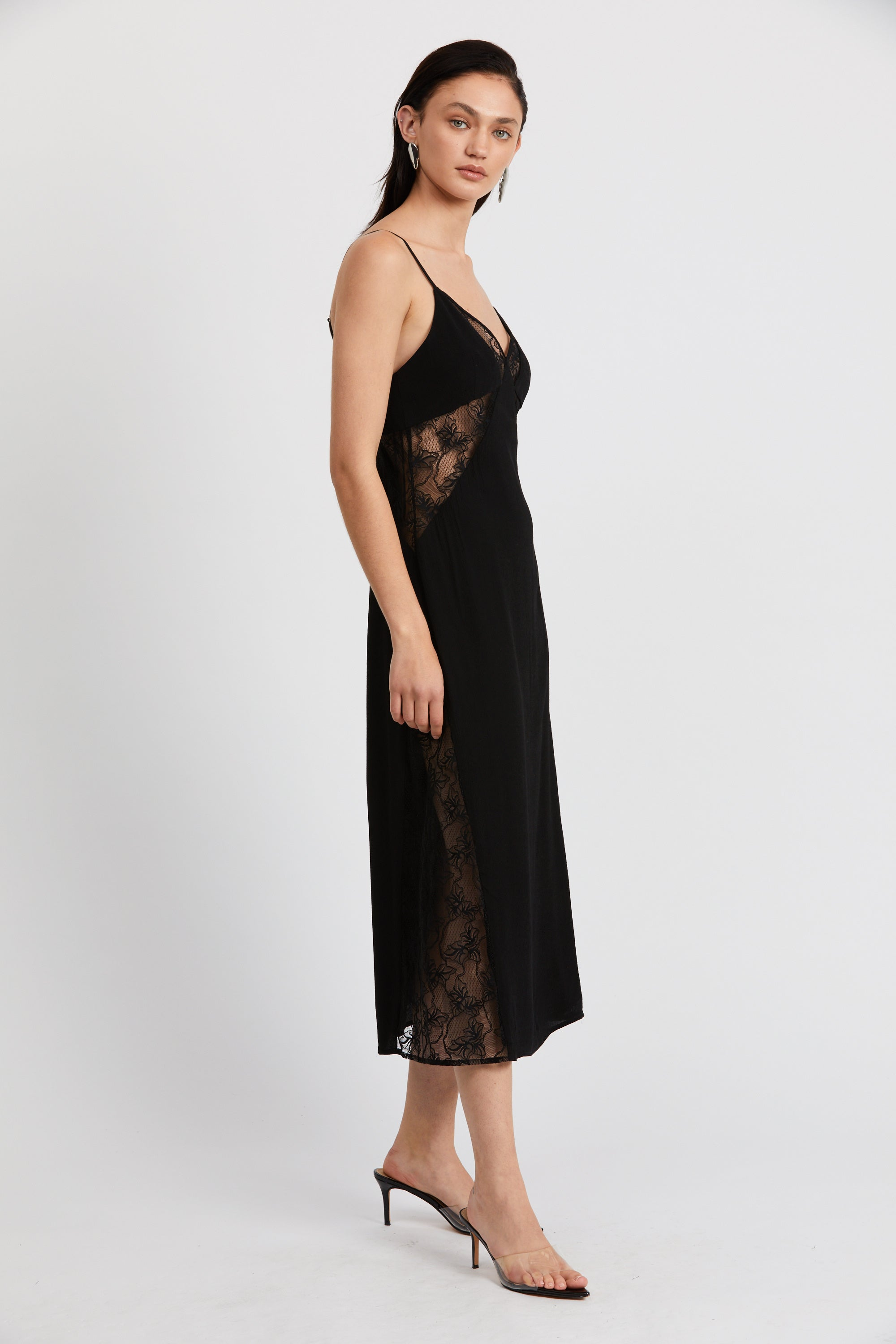 LOOK IN LACE SLIP DRESS | BLACK