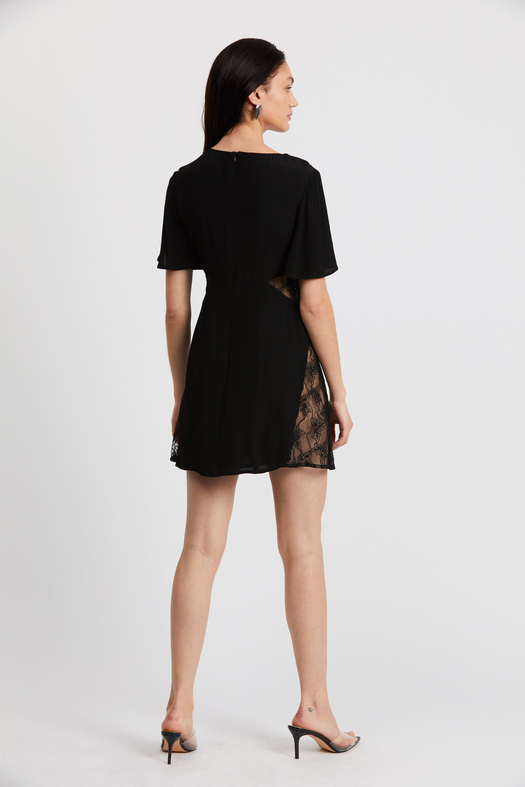 LOOK IN LACE TEE DRESS | BLACK