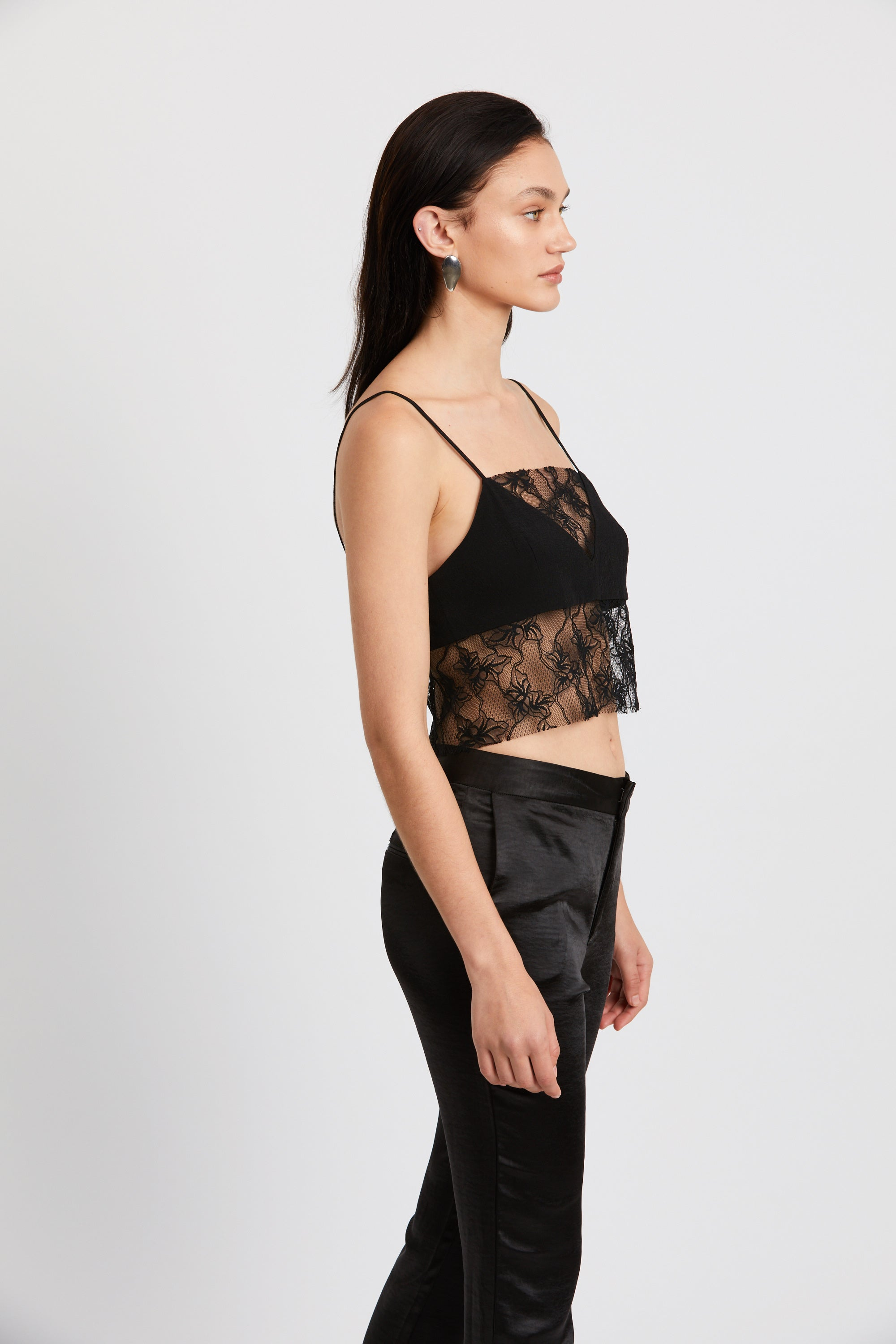 LOOK IN LACE CAMI | BLACK