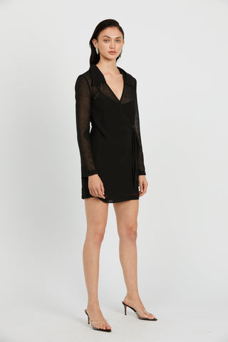 CRUSH WRAP COLLAR DRESS | BLACK