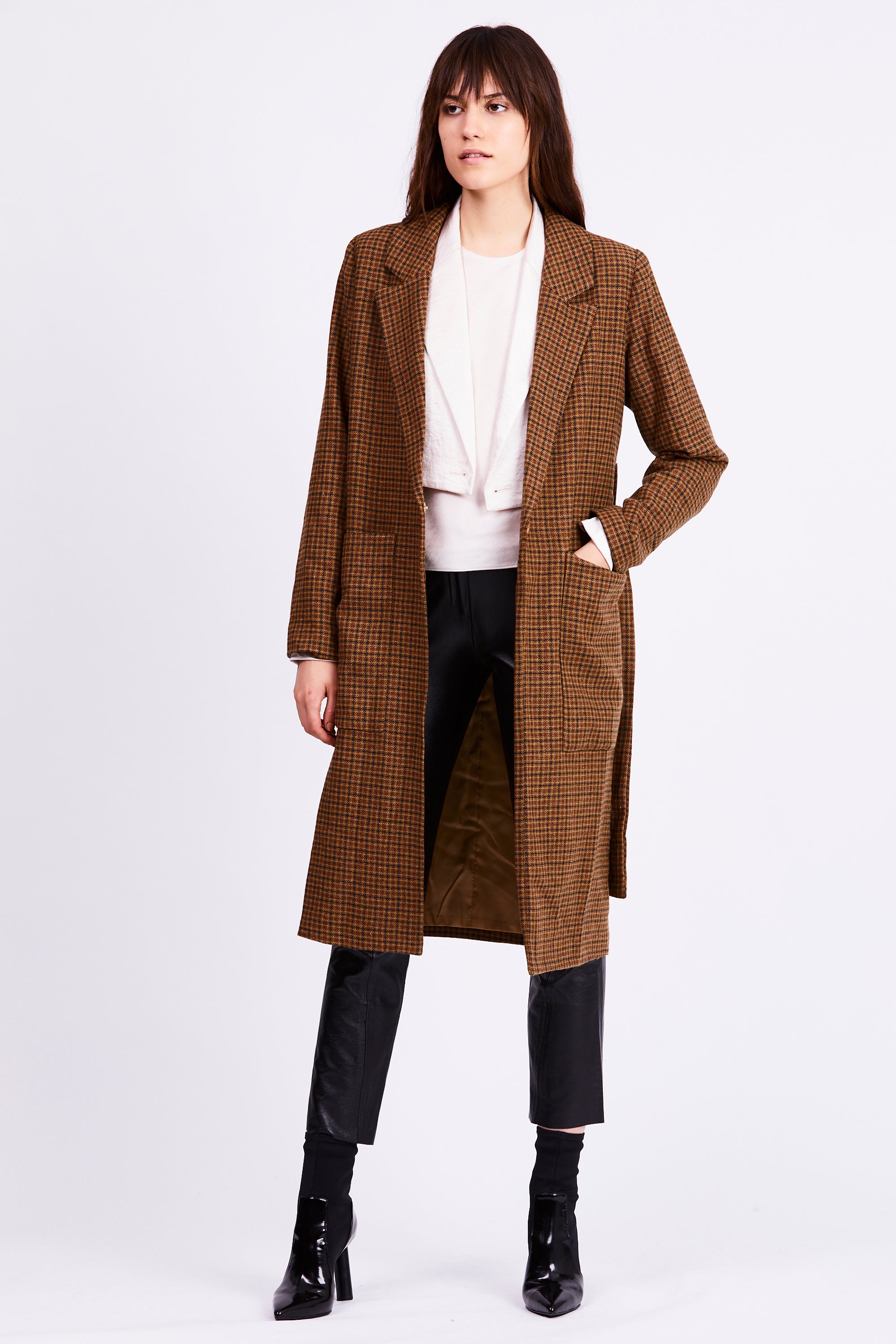 TIED DOWN COAT | TAN CHECK