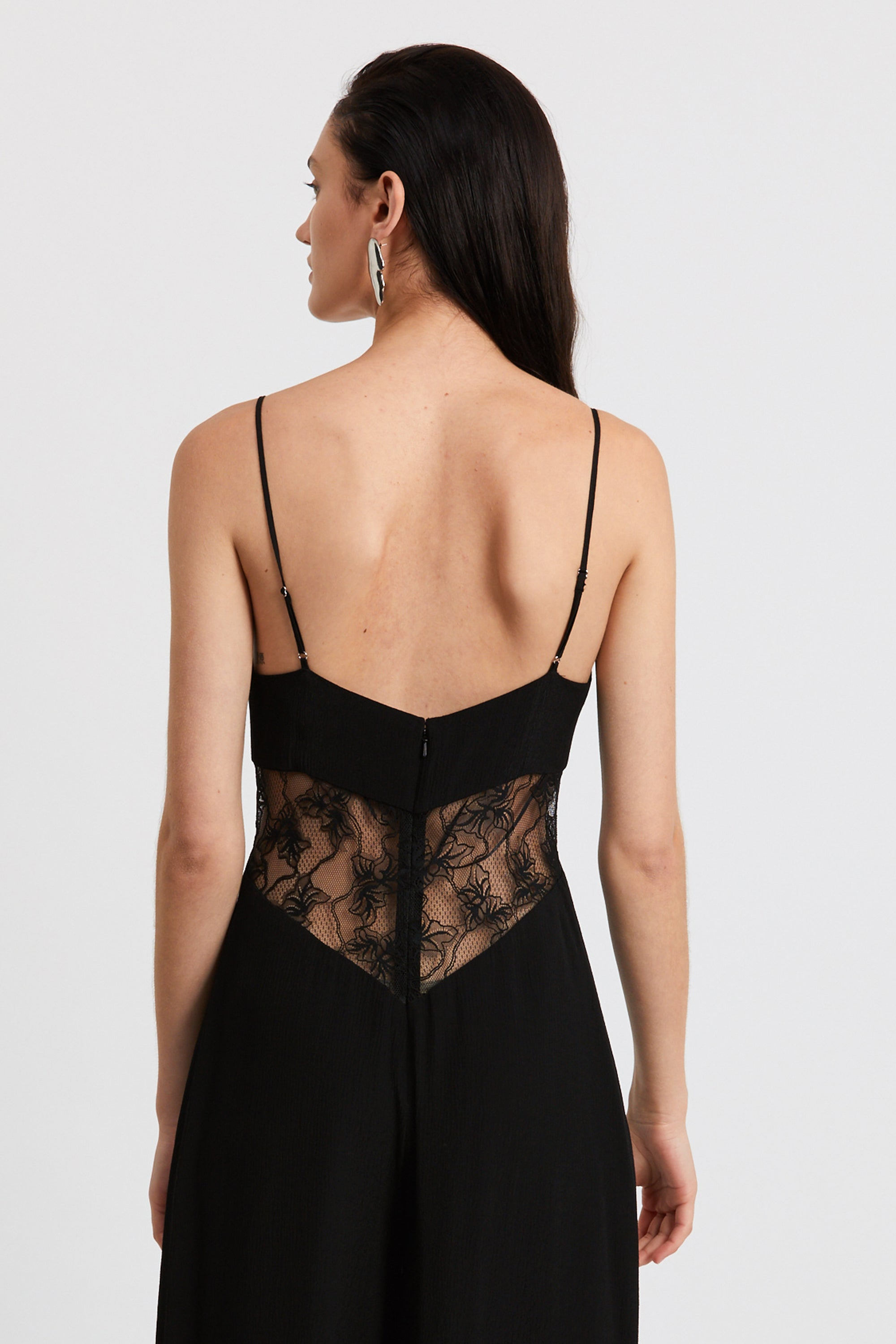 LOOK IN LACE JUMPSUIT | BLACK