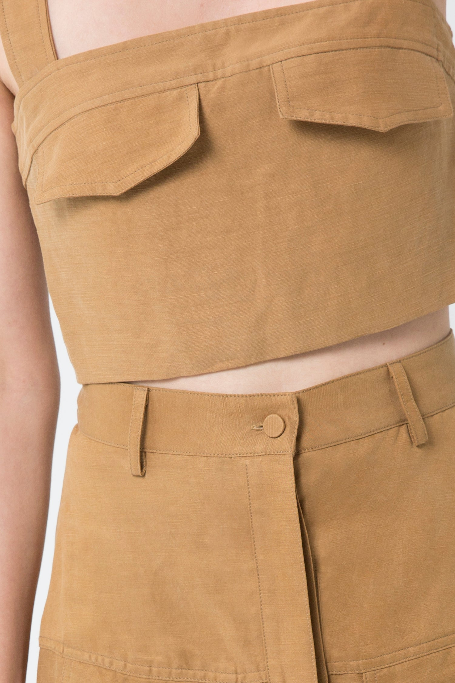 TRUCKER CROP TOP | CAMEL