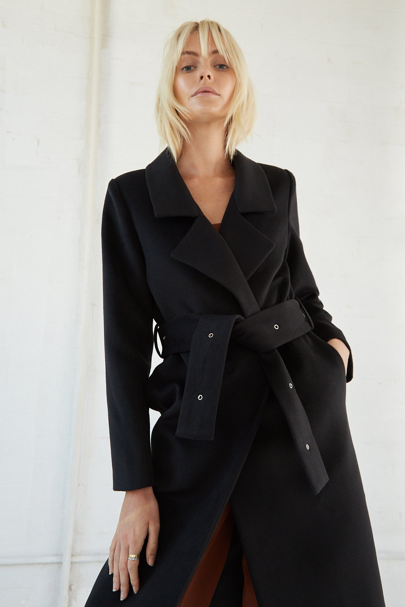 EYE OF THE STORM COAT | BLACK
