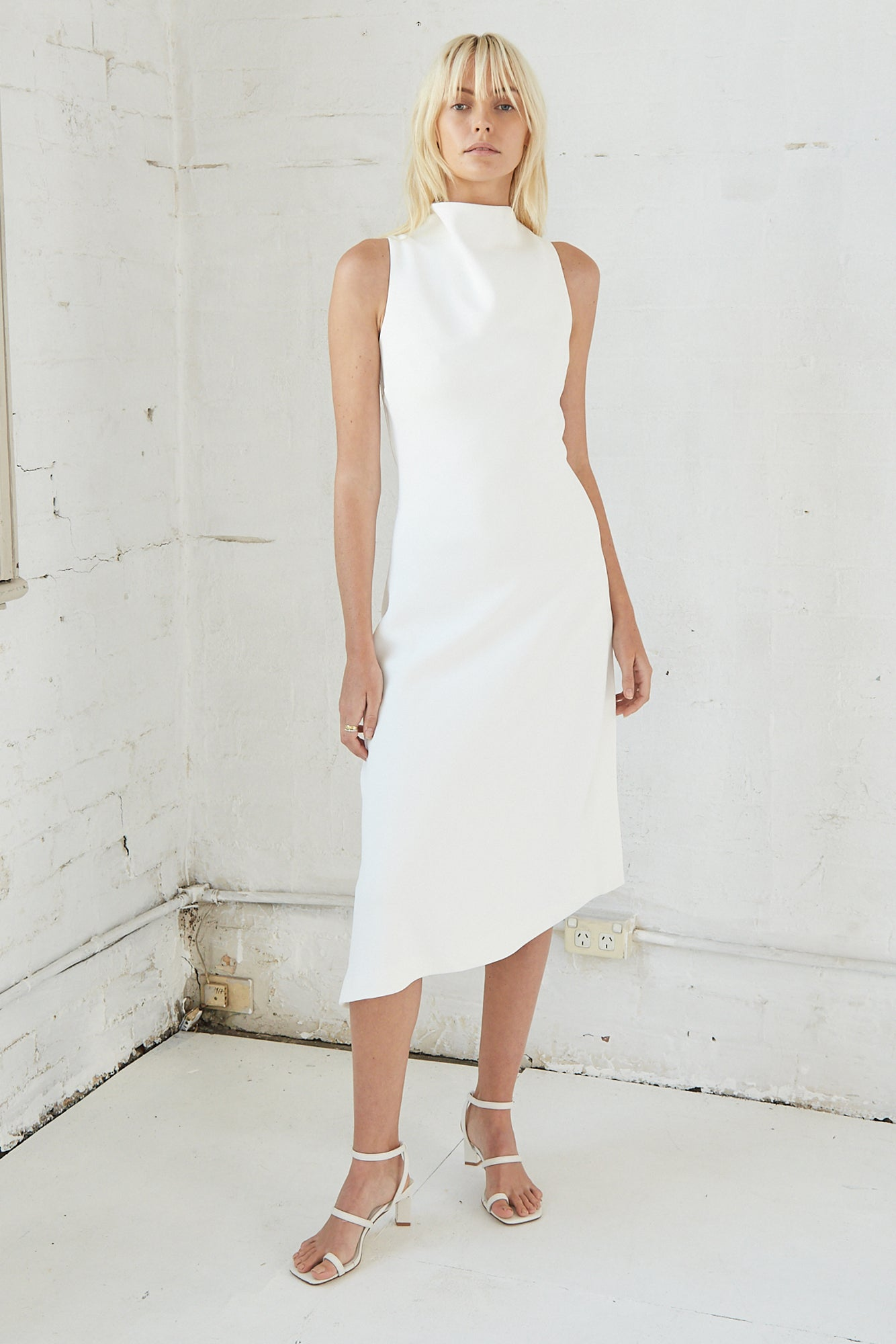 RISING MIDI DRESS | OFF WHITE