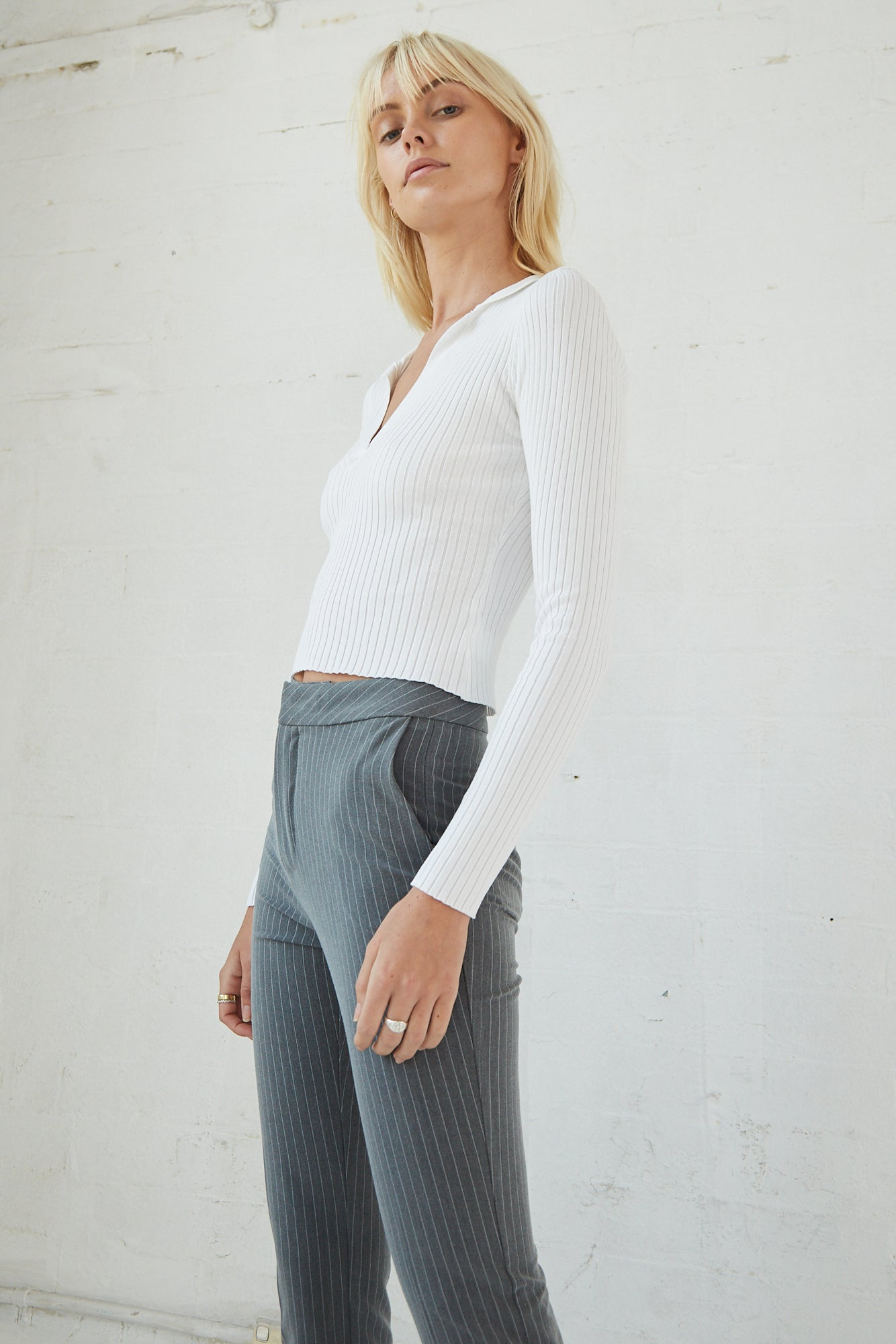 COLLARED KNIT LS TOP | WHITE