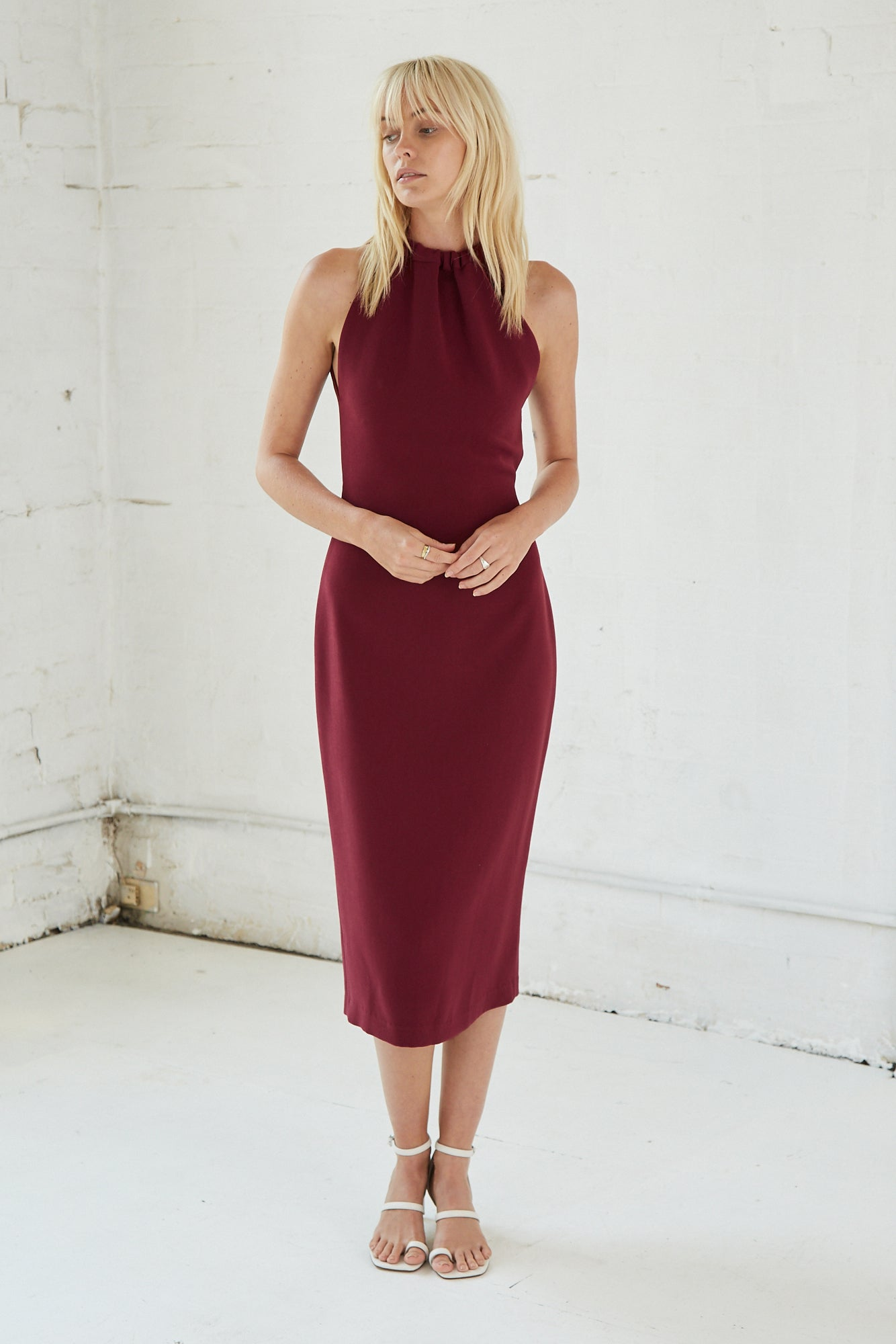 TIE UP NECK MIDI | BURGUNDY